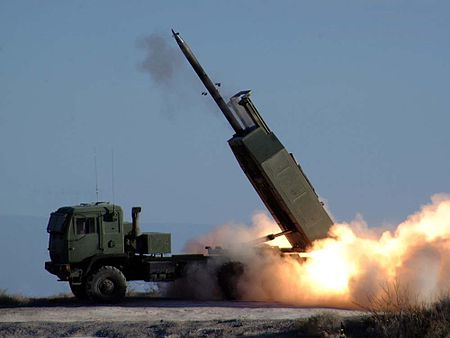 450px-HIMARS_-_missile_launched