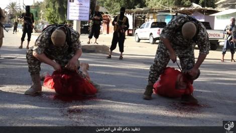 isis-public-beheading-executions-of-5-accused-apostates-in-syria-14113