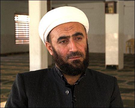 mulla-hassib-islamic-cleric-kig-member-legitimate-killing-zoroastrianism-fab-2017-bbc